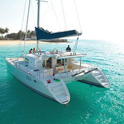 Alquiler catamaranes, NÁUTICA SPINNAKER EFECTOS NAVALES