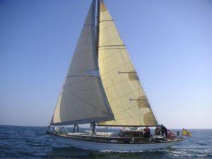Alquiler veleros, NÁUTICA SPINNAKER
