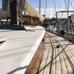 Alquiler velero clásico valencia