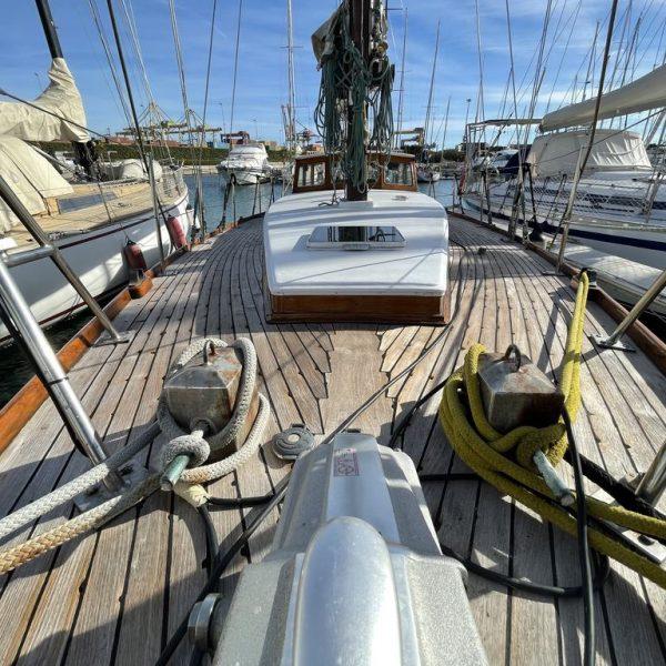 Barco clasico en venta de madera