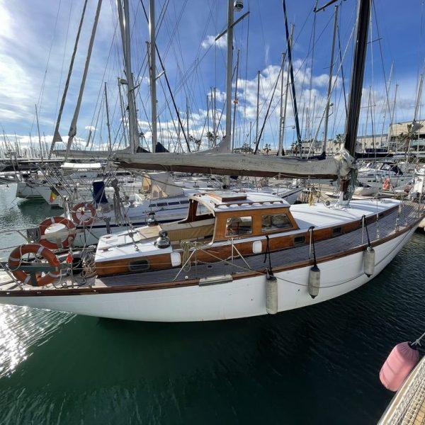 Barco de madera en valencia