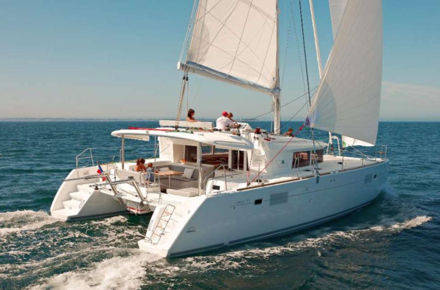 Alquiler catamaran denia